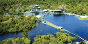 resort expedicion amazonas